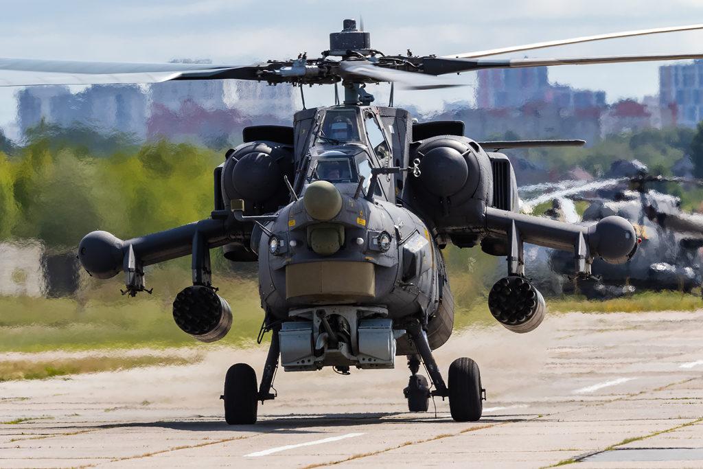 Авиадартс-2019. Ми-28Н на рулении. Беркуты