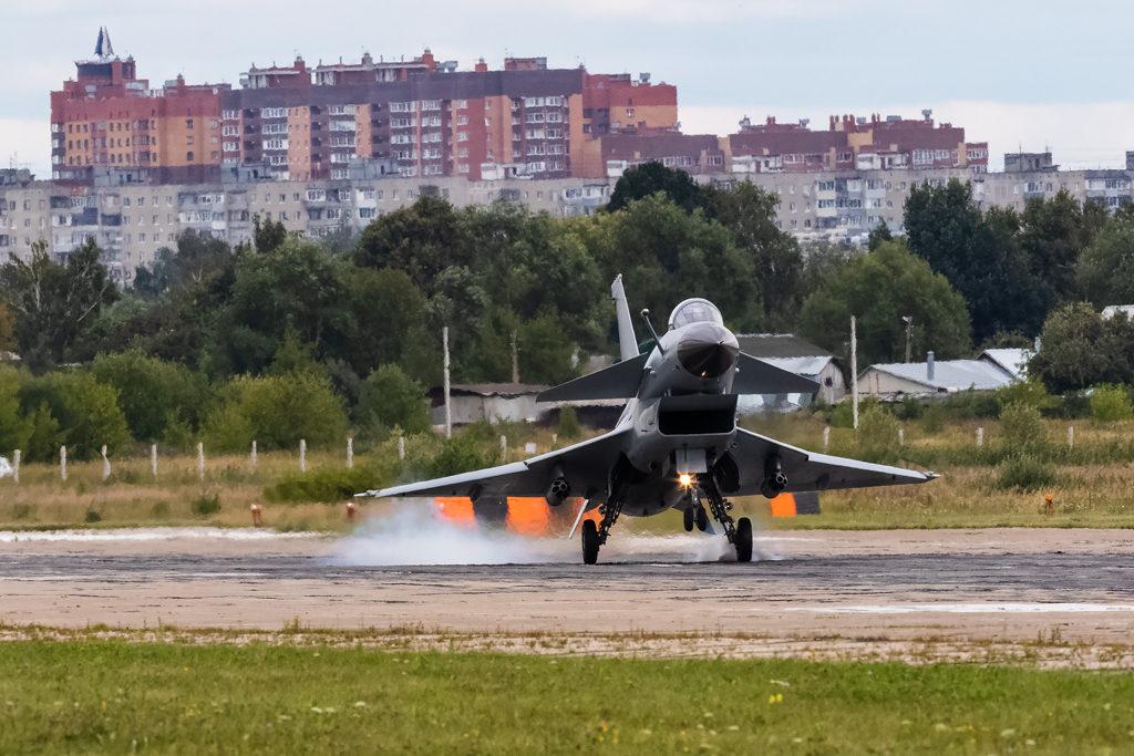 Авиадартс-2019. J-10 посадка