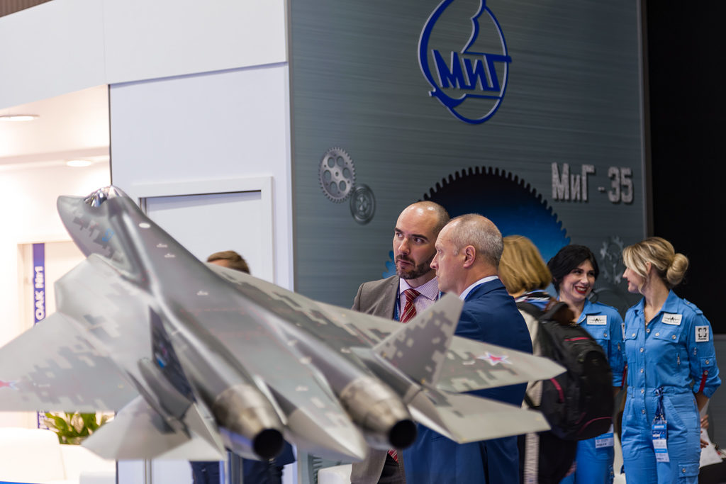 Макет Су-57Э